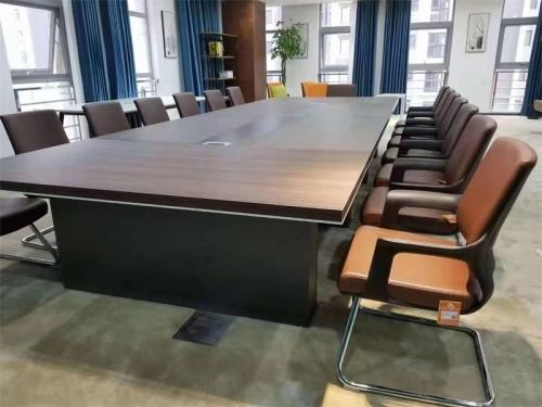 办公家具定制——500位工作位己交完工,客户非常满意!